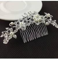 Beaded hairpin for ceremonies